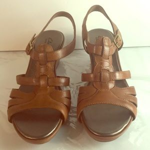 Clark's Wedge Sandals 8.5 W Leather
